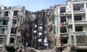 包头一居民楼爆炸坍塌现场
