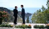 特鲁多与马克龙花园漫步相谈甚欢