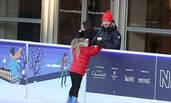 宠女!贝克汉姆鼓励小七溜冰表情亮了