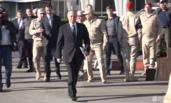 叙利亚总统紧跟普京身后 被俄罗斯士兵拦住