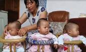 41岁外婆生下三胞胎 比外孙还小6个月