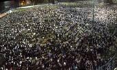 香港警察集会支持七警 近4万人到场