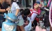 杭州一孕妇骑电瓶车时突然生了