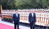 李克强举行仪式欢迎新加坡总理李显龙访华