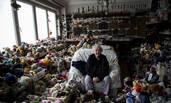 86岁老奶奶收藏玩具超过6000件