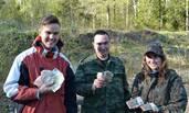 探险者发现秘密金库 数十亿苏联纸币铺满地