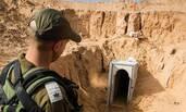 """以色列军方曝光武装分子""""秘密隧道"""""""