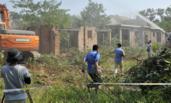 西安:违建别墅被集中拆除
