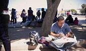 数千移民儿童与父母分离被安置边境帐篷
