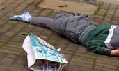 江苏南京:清晨一初中女生小区坠楼身亡
