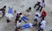 广东一中学老师校园内撞伤3名学生