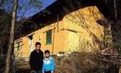父母患病去世 孤儿兄弟家里只剩15个土豆