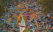 45万人上街 抗议加泰自治权被收回