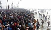 印度教信徒庆祝佛浴节