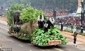 这是印度阅兵画面