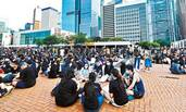 香港激进分子煽动中学生罢课