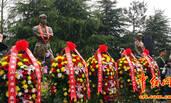 毛家人集体参加毛泽民纪念活动