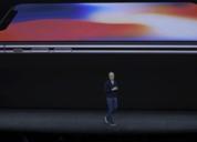 全面屏手机混战:留刘海或画圆圈,你中意哪个?