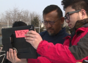 姜文新片《邪不压正》拍摄 居然用到这么多iPad Pro?