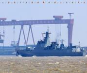 中国网友曝光最新一艘052D未刷舷号海试美图