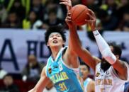 王哲林赛季首轰大号双20 本土三核闪耀下季冲季后赛