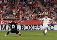 西甲-贝尔传射本泽马双响 皇马客场4-1逆转赫罗纳