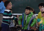 """""""超仁妈妈""""张晓莉:要让爱的光撒进自闭症儿童的心房"""