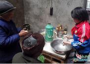 萍乡12岁女孩微笑面对生活:任何困难都击不倒我