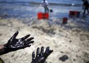 装着13.6万吨油的油轮泄露,污染会有多严重?