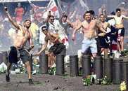 """严防足球""""流氓""""搅局世界杯,英国对1200多人下达出境禁令"""