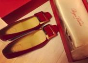 [新娘]方媛晒出红色婚鞋 被传已有身孕