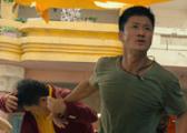 《战狼2》动作戏全解析:吴京吴刚重现解放军绝技