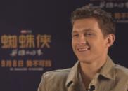 """专访""""蜘蛛侠"""":想在战衣加上拉链,可以方便上厕所"""