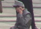 鹿晗公布恋情后就工作 手机不离手和关晓彤语音?