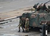 军方封锁道路 禁止通往政府国会和法庭