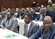 穆加贝被解除党内职务