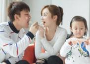 [孩子]甜馨发烧笑着说想爸爸 贾乃亮:心在流血