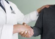 委员谈医患关系:病人到医院是求医不是买医