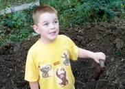 五个孩子后,又连续生下两个自闭症(特殊)孩子并把他们养大