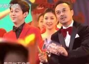 视频:主持人出场,何炅、汪涵这舞跳的太有趣