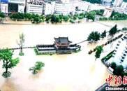 强降雨致陕西多地遭受洪涝灾害 16万人受灾