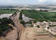 多地强降雨引发洪灾致十余人遇难 6省市周末暴雨倾盆