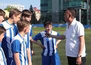 《战斗吧足球》:光与希望 俄罗斯足球的闪耀明天