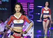 视频-独家:新晋天使谢欣初登台很激动 回应奚梦瑶摔倒