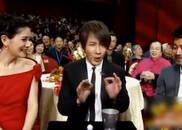 视频:刘谦春晚热身魔术 可能是手法最快的一次表演了