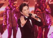 视频:靳东演唱《一想到你呀》