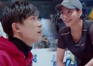 视频:易烊千玺深夜探访指导,女选手表示超开心!