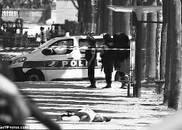 凶手身亡 车上发现武器弹药煤气罐