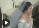 宋仲基宋慧乔现身婚礼彩排 新娘长裙曳地笑容甜