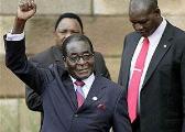 """争议穆加贝:政治强人与""""99岁总统梦"""""""